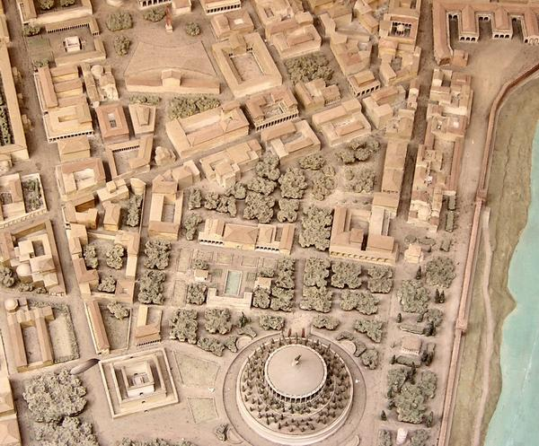 Augustus mausoleum; ancient Rome model