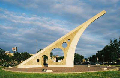 Singleton Sundial, photo by Rachel Jackson