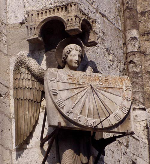 sundial_chartres.jpg, from http://scheiders.com/PhotoAlbums/2007.03%20Paris/2007.03%20Paris%20Trip.html